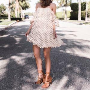 NWOT Tularosa Amelia crochet off shoulder dress